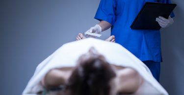 На 20 процентов снизилась женская смертность.
