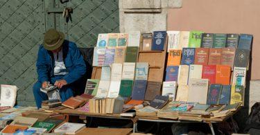 Попробуйте себя в книготорговле