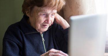 работа ру в спб для пенсионеров