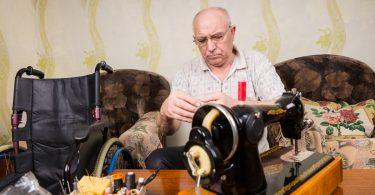 Работа для пенсионеров в Санкт-Петербурге