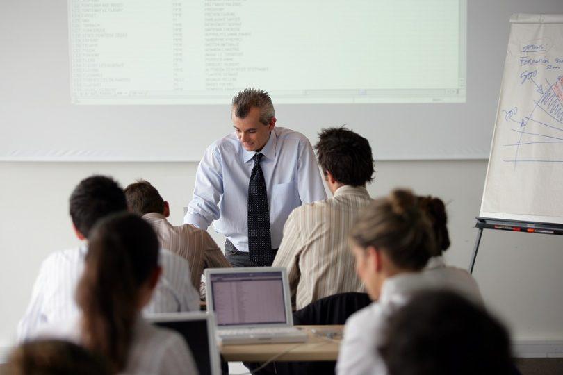Тренинги для менеджеров по продажам в Санкт-Петербурге