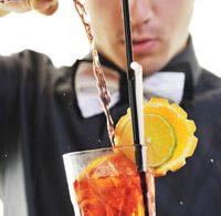 В чем заключается работа бармена
