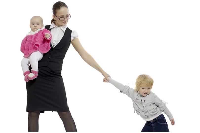 Как найти работу маме с двумя детьми