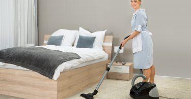 Подбор домашнего персонала: как стать прекрасной няней