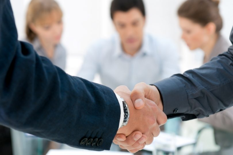 Социальный портрет менеджера по продажам и оплата его труда