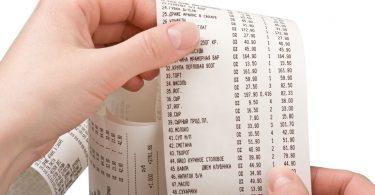Продавцов и кассиров могут освободить от штрафа за невыдачу чека