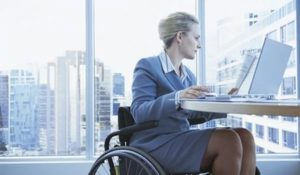 Работодателей заставят принимать на работу инвалидов угрожая крупными штрафами